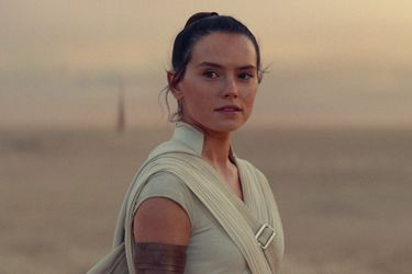 "Daisy Ridley cree que Rey recibió un ""final perfecto"" en Star Wars: The Rise of Skywalker"