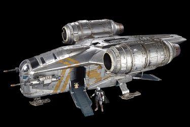 Hasbro anuncia increíble figura de la nave de The Mandalorian a 350 dólares
