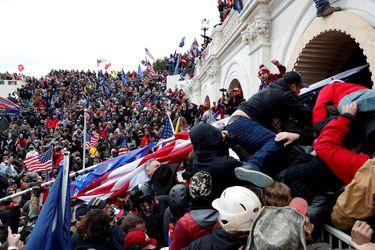 Informe del Senado estadounidense da cuenta de fallas en la seguridad del Capitolio antes del asalto del 6 de enero