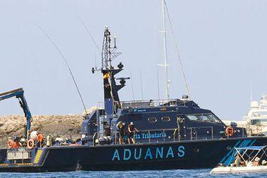 Policía Aduanas