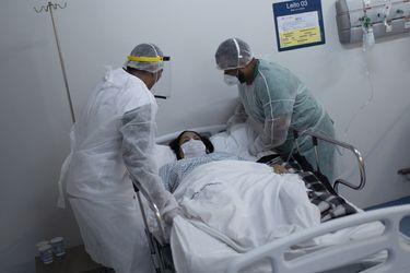 Casos de Covid en Brasil superan los 20 millones