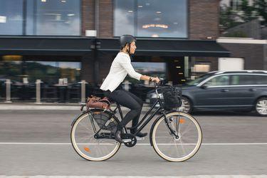 Seguros para bicicletas, scooters y motos: soluciones a la medida para la nueva forma de moverse de los chilenos