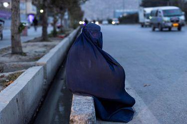 Estado Islámico reivindica la autoría de la explosión que provocó apagón eléctrico en Kabul