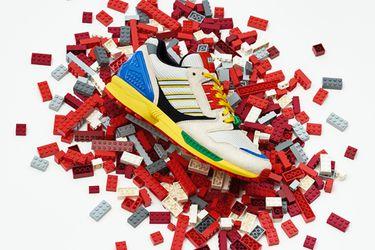 Adidas presentó oficialmente a sus nuevas zapatillas inspiradas en LEGO
