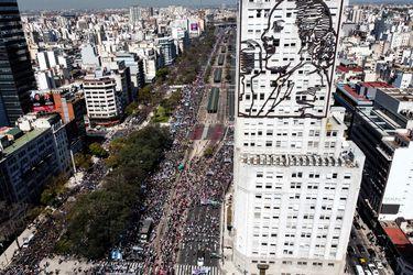 Columna de Mariano Confalonieri: Una nueva crisis institucional en Argentina