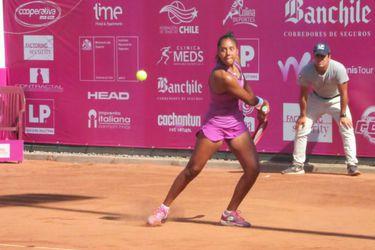Daniela Seguel queda a un triunfo de entrar a Roland Garros