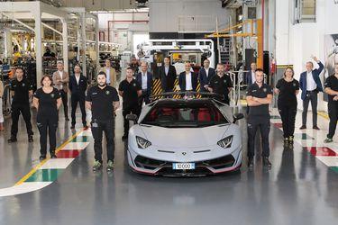 Inflan el pecho en Lamborghini: se fabricó el Aventador número 10 mil