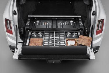 El Rolls-Royce Cullinan recibe un módulo personalizado al gusto del dueño