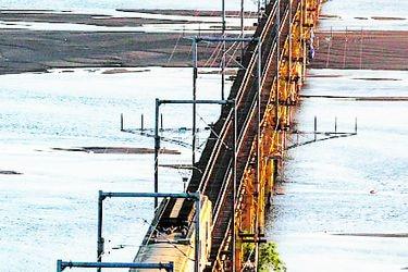 Biobío: avanza proyecto para  nuevo puente de trenes