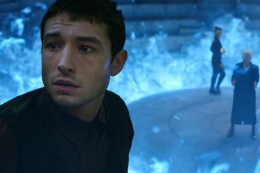 Ezra Miller llama a confiar en J.K. Rowling respecto a la revelación de The Crimes of Grindelwald