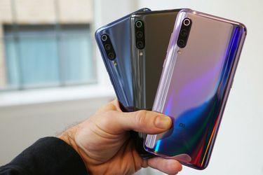 El Xiaomi Mi 9 tiene un diseño conocido y tres cámaras traseras