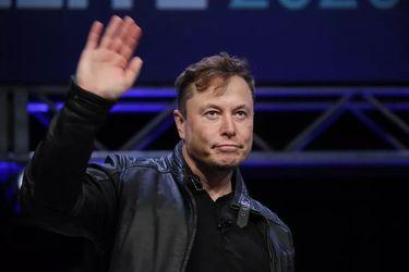 """Tesla ve """"muy cerca"""" el automóvil sin conductor"""
