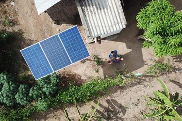 Solución fotovoltaica Enel X entrega energía eléctrica permanente a familias de la comuna de Putre