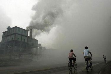 Migración masiva: uno de los efectos sociales de la contaminación del aire que podría afectar a Chile