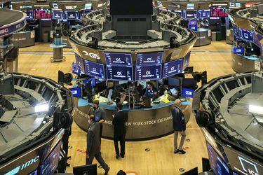 Wall Street repunta tras favorable dato económico y va dejando atrás fuerte liquidación de la sesión anterior