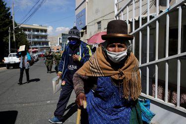 Bolivia bate otro récord de nuevos casos de coronavirus y la pandemia se acelera en Santa Cruz