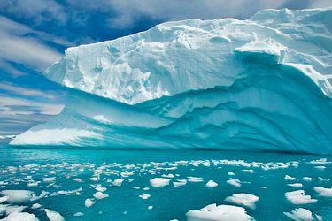 Científicos realizarán investigación sobre volcanes en la Antártica
