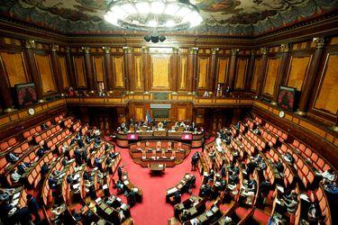 Senado de Italia suspende todas sus actividades tras confirmar dos casos de coronavirus