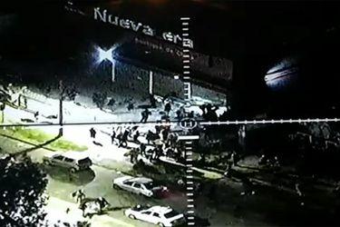 Carabineros detiene a 48 sujetos que saqueaban dos locales comerciales en San Bernardo