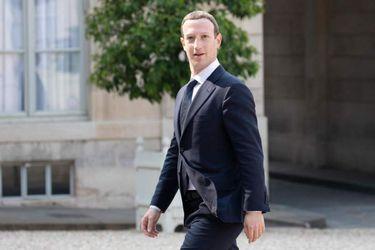 Mark Zuckerberg también viene al eclipse