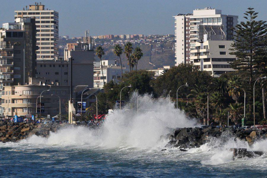 VIÑA DEL MAR: Marejadas en borde costero de Viña Del Mar