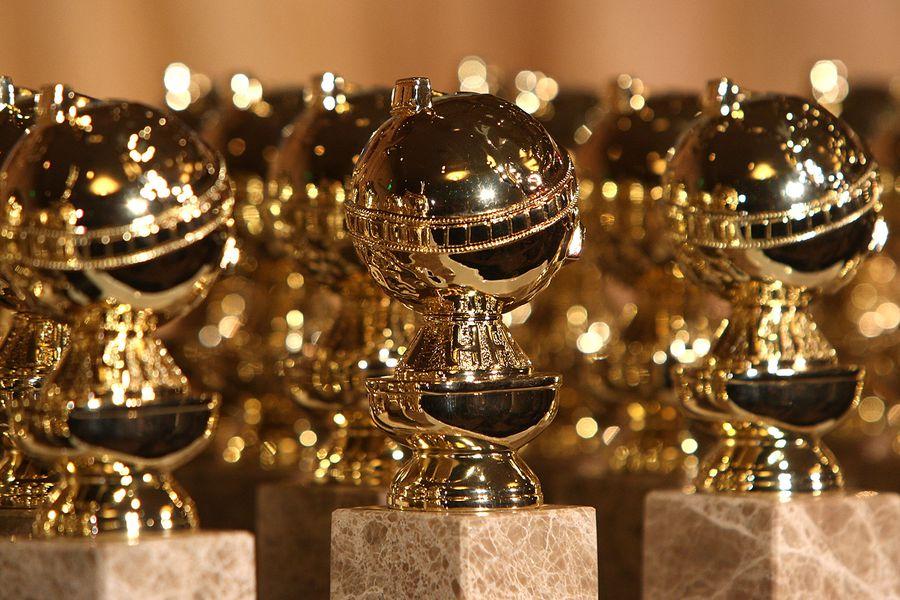 golden-globes-award-statue-a-2018-billboard-1548