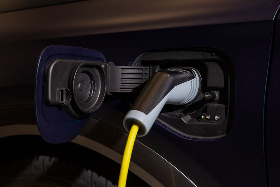 5-questions-and-answers-about-electric-cars-05-hq