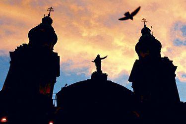 """María Elena Santibáñez, miembro de la Comisión para Análisis de la Iglesia: """"Estamos en un proceso largo y seguirán apareciendo víctimas"""""""