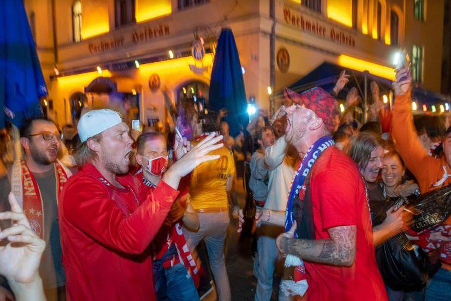 Festejo desatado en las calles de Múnich por el título del Bayern - La  Tercera