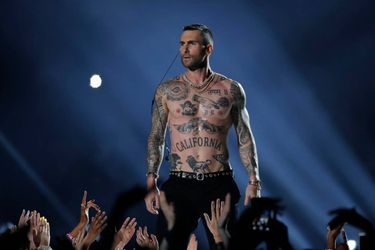 Maroon-5-Super-Bowl-33