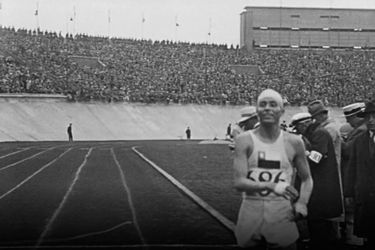 5 de agosto: Manuel Plaza logra la primera medalla olímpica para Chile