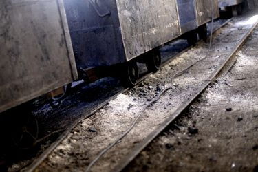CURANILAHUE: Mineros movilizados cumplen dos días bajo tierra por sueldos impagos