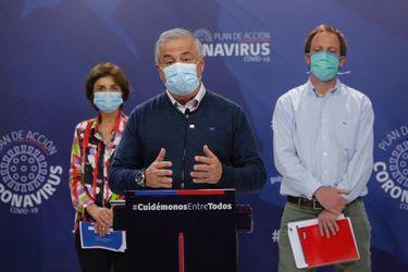 Se registra nuevo récord de cifra de contagios por coronavirus en el país: Minsal informa de 4.895 diagnosticados en las últimas 24 horas, cifra total asciende a 73.997