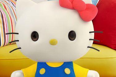 Hello Kitty ahora es youtuber