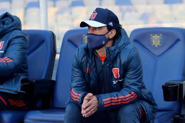 Esteban Valencia, durante el partido entre Universidad de Chile y Fernández Vial. Foto: AgenciaUno.