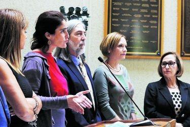 Oposición critica cambio en Ministerio del Trabajo y legisladores del sector expresan preocupación por reforma a pensiones