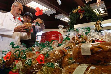 Seremi fiscalizó elaboradoras de pan de pascua