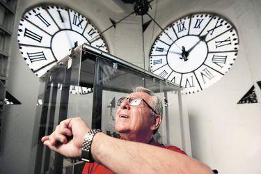 """José Robles (76): """"Fui el único que pudo reparar el reloj del Museo Histórico Nacional"""""""