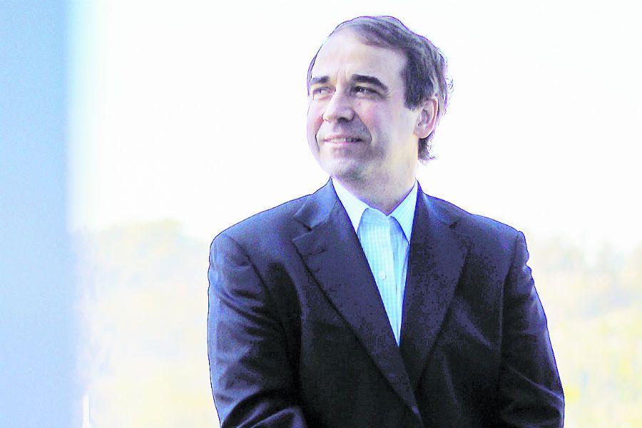 Imagen ENTREVISTA A GREGORIO RUIZ ESQUIDE GERENTE GENERAL DE AFP PROVIDA