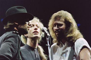 La canción más triste de Barry Gibb: el último sobreviviente de los Bee Gees cumple 75 años entre la soledad y la culpa