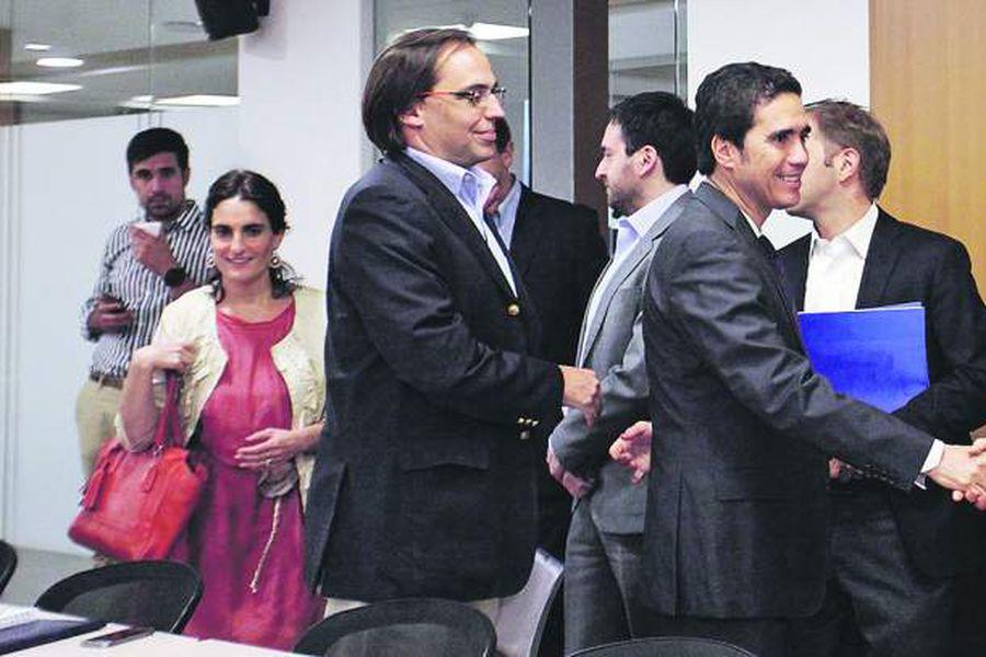 Ministros se reunen con la Mesa de Sector Público