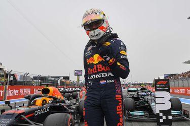 Verstappen consigue la pole en unos clasificatorios marcados por la rivalidad entre Red Bull y Mercedes