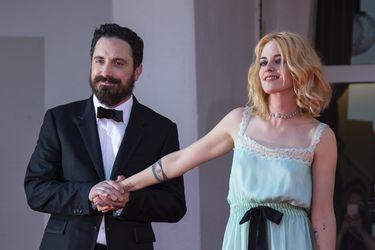 Comparaciones con El Resplandor y elogios a Kristen Stewart: las primeras reseñas a Spencer de Pablo Larraín