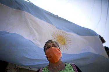 Argentina posterga pago de deuda por US$9.800 millones