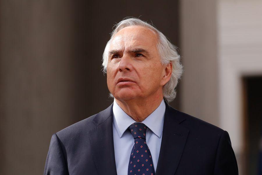 Andrés Chadwick.