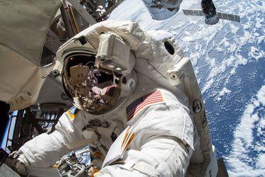La NASA usará smartwatchs en sus astronautas para prevenir contagios de Covid