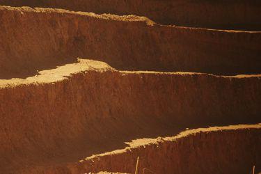 BHP lanza programa para que startups ayuden a descontaminar la minería