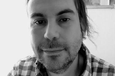 """Rodrigo Toledo, autor del libro Papá en Rodaje: """"La paternidad comienza con quedarse con los hijos, y no depende de estar o no con la pareja"""""""
