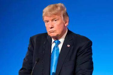 Una cuenta de Twitter experimentó replicando los mensajes de Trump para comprobar si sería suspendida
