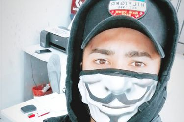 De romper el récord de Chupete a vender mascarillas: la reinvención de Barrera